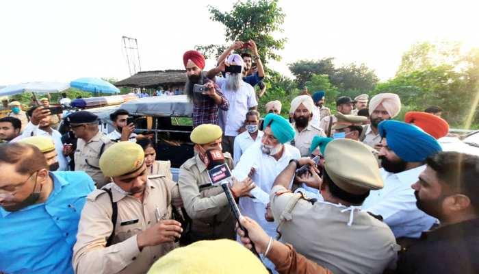 Lakhimpur Kheri Incident Live Update, 4 Farmers Among 8 Killed In Violence,  Internet shut and forces deployed | Lakhimpur Kheri Violence: लखीमपुर खीरी  जाने से रोका तो विधायकों संग धरने पर बैठे