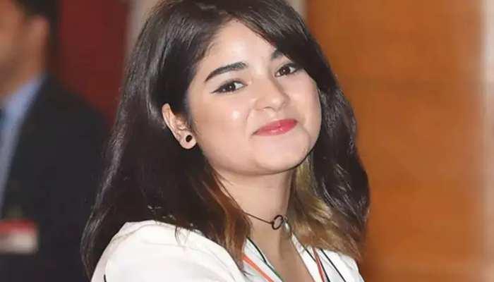 2 साल बाद कैमरे के सामने आईं Zaira Wasim, चेहरा देखने के लिए तरसे फैंस