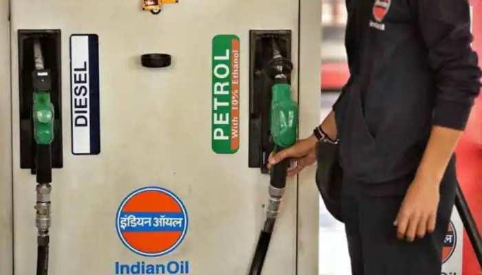 Petrol-Diesel Price 8 october 2021 Petrol and diesel prices again increased today the know the latest price | Petrol-Diesel Price Today: पेट्रोल-डीजल के दामों ने फिर छुआ आसमान, आज इतनी बढ़ गई