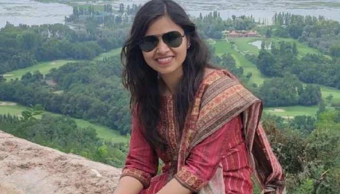 पति हैं IPS अफसर, अब पत्नी बनीं IAS; UPSC एग्जाम में 2 बार फेल होने के बाद ऐसे पाई सफलता