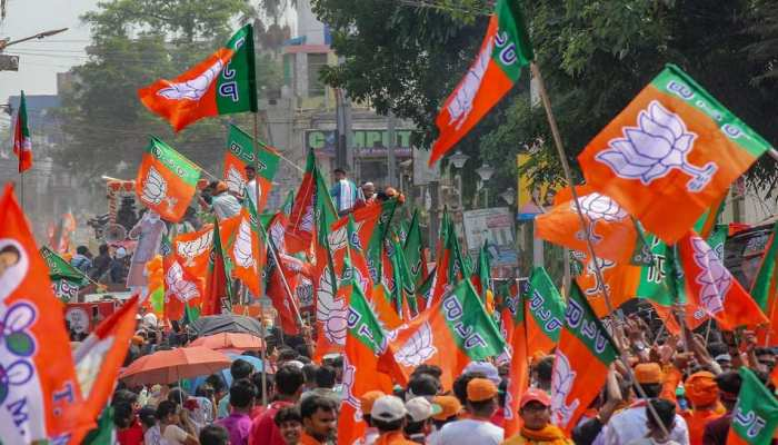 UP Chunav: दिल्ली में BJP के नेताओं की 4 घंटे चली बैठक, '100 दिन 100 कार्यक्रम' का रोडमैप तैयार