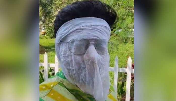 मुंह पर कपड़ा बांधकर धूप में पसीना बहा रहा Anupama का ये एक्टर, क्या आप पहचान पाए?