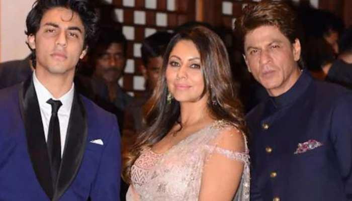 Aryan Khan ने जेल जाने के बाद की Gauri और Shah Rukh Khan से बात! इतनी देर किया VIDEO कॉल