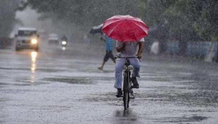 UP Weather Update: यूपी में अगले 3 दिन होगी झमाझम बारिश, ठंड में भी होगा इजाफा