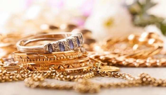 Gold-Silver Price Today: इतने रुपये सस्ता हुआ गोल्ड, जानें सिल्वर का क्या है लखनऊ में हाल?