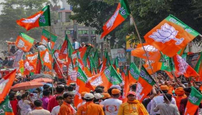 UP में मंत्रियों-विधायकों के कामकाज का फीडबैक ले रही BJP, लगेगा 'काम नहीं तो टिकट नहीं' फॉर्म्यूला