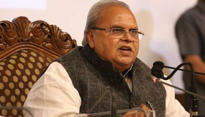 'अंबानी, RSS के व्यक्ति की फाइल मंजूर करने का था दबाव, 300 करोड़ रिश्वत देने की हुई