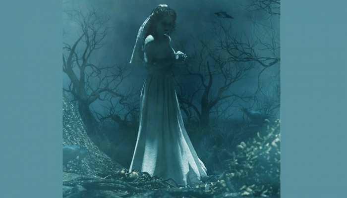 भूत बनकर लोगों को डराने निकली थी महिला, जान देकर चुकानी पड़ी कीमत