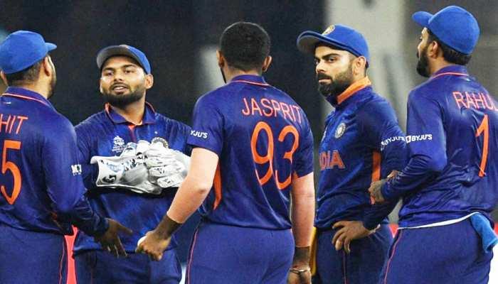 पाकिस्तान से हार के बाद टीम इंडिया में मची खलबली, चीफ सेलेक्टर ने यूं फोड़ा हार का ठी