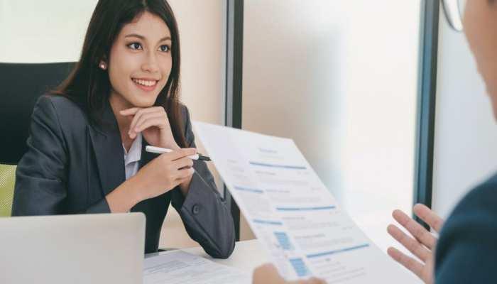 नौकरीपेशा लोगों के लिए आई सबसे अच्छी खबर, ये रिपोर्ट पढ़कर मन खुश हो जाएगा