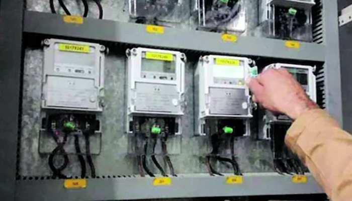टीवी-फ्रिज पर कितनी बिजली होती है खर्च, इस तरह आसानी से लगाएं हिसाब